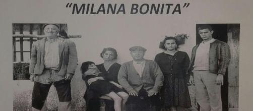 "Foto de ""Milana Bonita"" reclamando un tren digno para Extremadura."