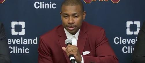 """Isaiah Thomas lands a role on NBC's """"Law & Order:SVU."""" [Image via Ximo Pierto/YouTube]"""