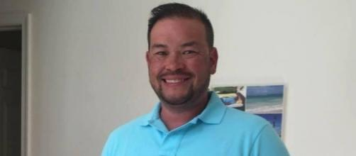 Jon Gosselin's girlfriend wants fans to help Jon on GoFundMe. Photo Credit: Jon Gosselin Facebook