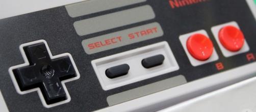 NES Classic Edition Controller - Bagogames/Flickr