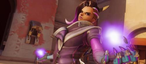 'Overwatch' hero Sombra. (image source: YouTube/Overwatch Strategies)