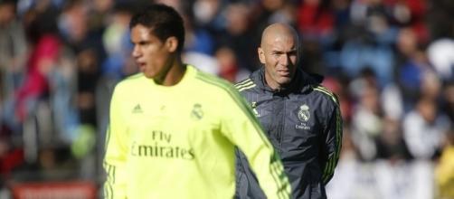Real Madrid : Zidane a trouvé quel défenseur recruter !
