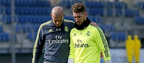 Zidane y Sergio Ramos en un entrenamiento | Defensa Central - defensacentral.com