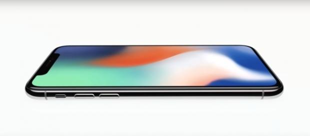 Apple iPhone X (Apple/YouTube) https://www.youtube.com/watch?v=K4wEI5zhHB0