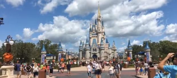 Magic Kingdom Reopens after Hurricane Irma - Live Stream - 9-12-17 - Walt Disney World Image - ResortTV1 | YouTube