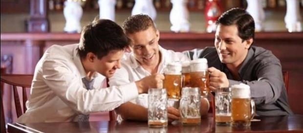 Será que consumir álcool pode ser bom para a saúde? Pesquisadores dizem que sim!