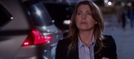 Meredith Grey (Ellen Pompeo) in the season 13 finale - [Image via YouTube/tvpromosdb channel]