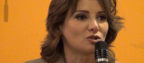 Anna Falcone parla di migranti e degli obiettivi della sinistra verso le prossime elezioni