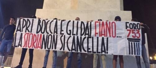 """Blitz nella notte del Foro753 contro la proposta Fiano: """"La storia non si cancella"""""""