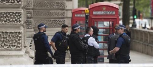 Cuatro detenidos en Londres por planear un atentado terrorista - lavanguardia.com