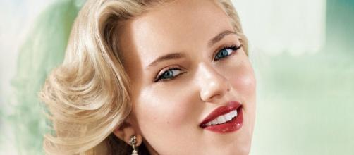 Scarlett Johansson is officially single after divorce being finalzied. YouTube/BestProducts
