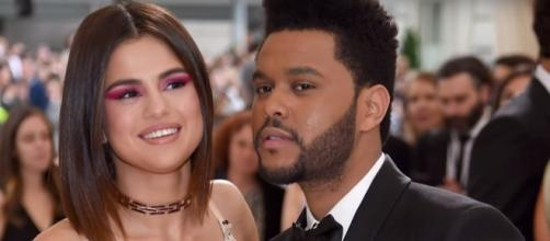 Selena Gomez starts living together with The Weeknd at NYC.- Youtube/Hollyscoop