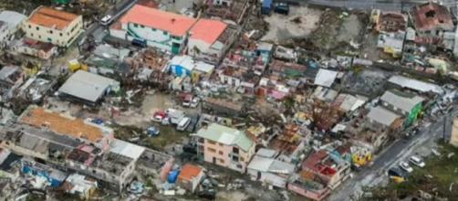 Sobreviventes ao furacão Irma, no Caribe, estão ficando sem água