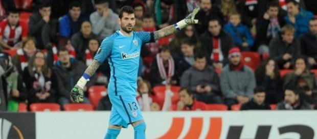Iago Herrerín salvó un punto en Alemania para el Athletic (vía web - marca.com)