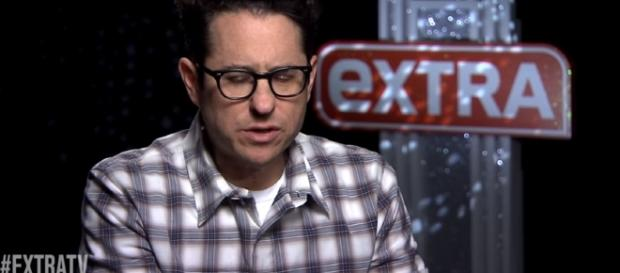 J.J. Abrams on Directing 'Star Wars: The Force Awakens' -Image - extratv | YouTube
