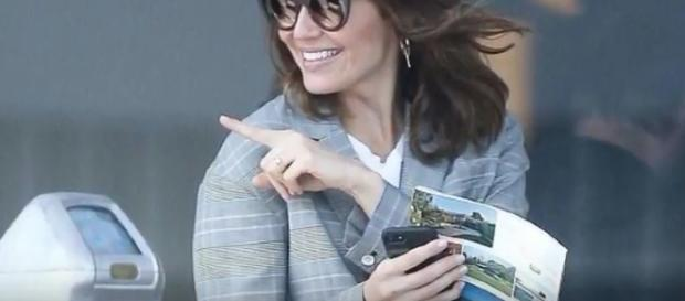 """Taylor Goldsmith chose a simple engagement ring for Mandy Moore, saying it is """"very Mandy."""" - via YouTube/Celeb Magazine"""