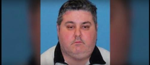 Former Rikers Island jail guard Brian Coll. (Image from Wochit News/Youtube)