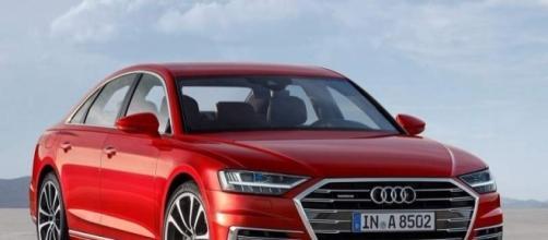La nuova Audi A8: AI guida per noi