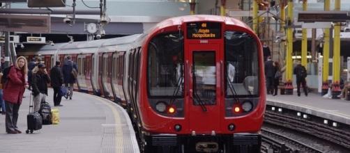 London Underground train (Credit – mattbuck – Wikimedia Commons)