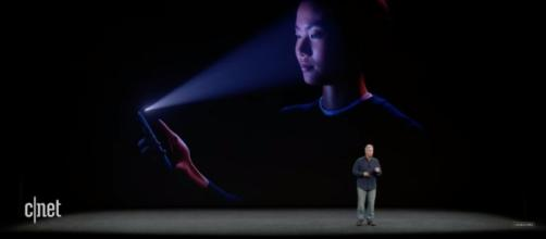 Phil Schiller (SVP for Worldwide Marketing) explains Apple's new facial recognition technology. (via CNET/Youtube)