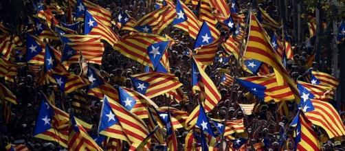 "Podemos rechaza una consulta ""unilateral"" en Cataluña porque ""no ... - sputniknews.com"
