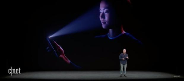 Phil Schiller (SVP for Worldwide Marketing) explains Apple's new facial recognition technology. (via CNET/Youtube)