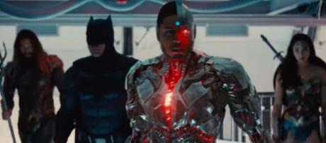 Justice League - Comic-Con Sneak Peek [HD] - YouTube/Warner Bros. Pictures