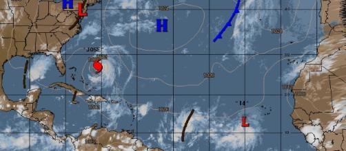 Animação gráfica mostrando furacão José em atividade