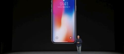 La società di Cupertino ha messo sul mercato Apple iPhone X