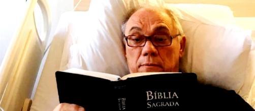 Marcelo Rezende mostrou que é religioso mesmo muito doente