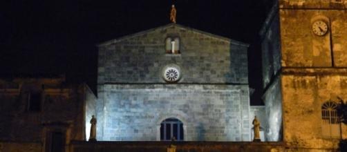 Parte della facciata di Santa Maria del Pozzo