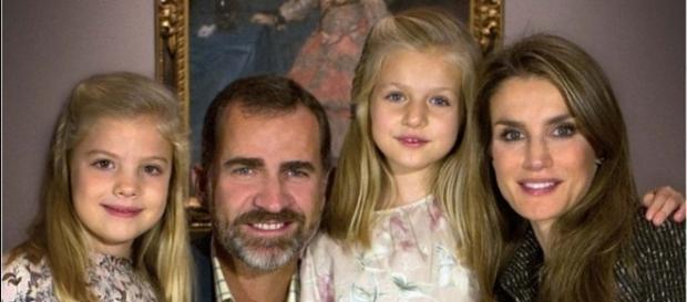 Letizia Ortiz renunciaría a la custodia de sus hijas en caso de ... - vozpopuli.com