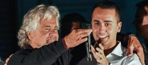 Beppe Grillo-Luigi Di Maio: praticamente un passaggio del testimone ai vertici del M5S