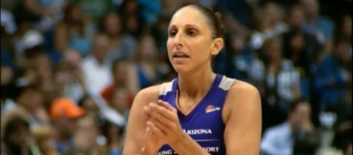 Diana Taurasi and the Phoenix Mercury are in a must-win game against the L.A. Sparks on Sunday. [Image via WNBA/YouTube]