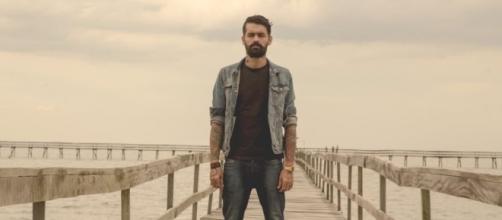Esteban Tavares gera revolta na internet ao falar sobre morte de Marcelo Rezende.
