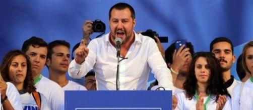 Matteo Salvini durante il suo intervento a Pontida 2017 (fonte: ansa)