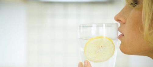 tomar zumo de limon adelgaza
