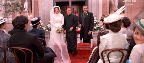 Una Vita, anticipazioni: le nozze di Leandro e Juliana