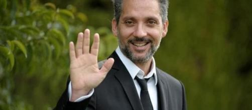 Uomini e Donne, trono over: Beppe Fiorello - napolitoday.it