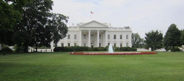 White House Lawn (Another Believer wikimedia commons)