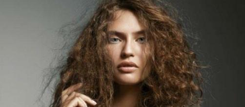 cabello estropeado y como repararlo tras el verano