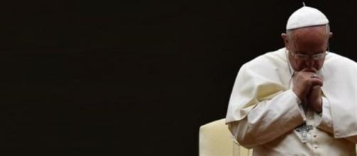 """""""E' una malattia"""", Jorge Mario Bergoglio sulla pedofilia (foto: web)"""
