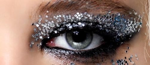 Make up glitter il trucco che illumina - Grazia.it - grazia.it