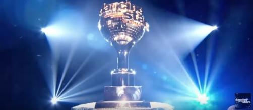 Mirroball trophy, Image Credit: Dancing With The Stars / YouTube