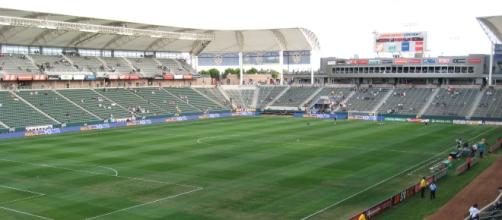 StubHub Center, new home of the Chargers - Wikimedia Commons