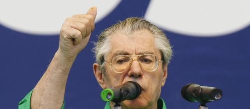 Umberto Bossi ricoverato in ospedale per aritmie cardiache - huffingtonpost.it