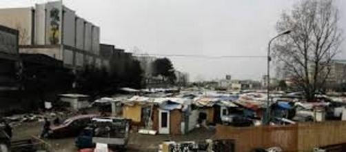 Uno dei tanti campi rom che si trovano nel nostro paese