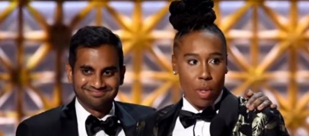 Aziz Ansari and Lena Waithe winning Outstanding Comedy Writing at Emmys 2017, (YouTube/ET)