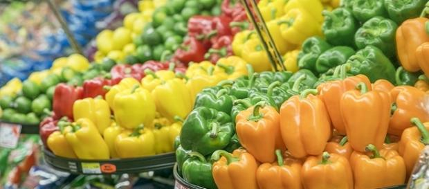Eat a rainbow of colorful produce   Image credit: Honey Nixon/Health.mil