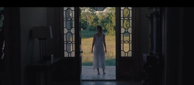 Jennifer Lawrence stars in Aronofsky's new film 'mother!' / [Source: Youtube]
